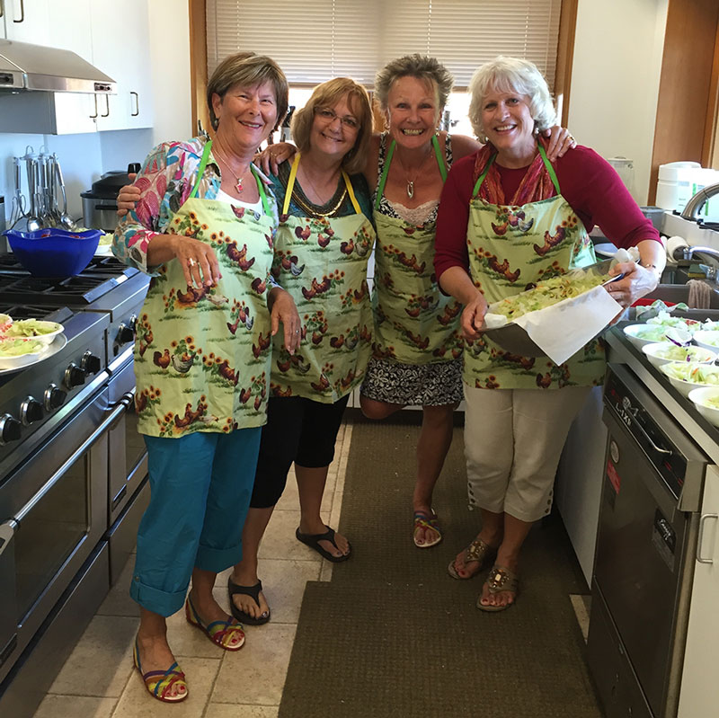 Kitchen Girls